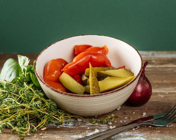 Salată asortată de murături